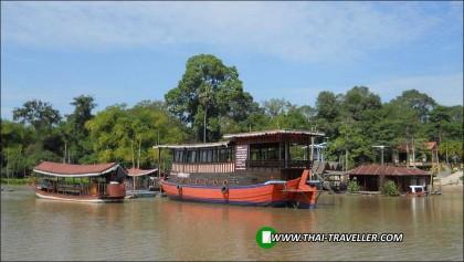 ล่องเรือ แม่น้ำสะแกกรัง จ.อุทัยธานี