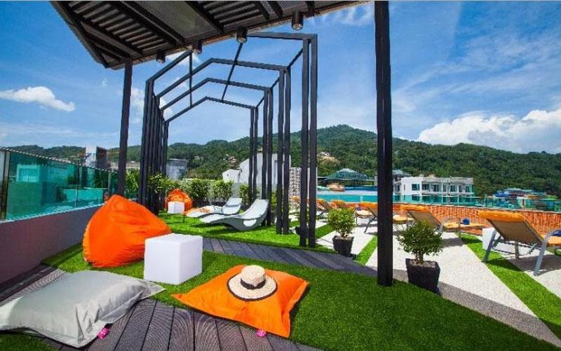 เดอะ คริบ ป่าตอง (The Crib Patong)
