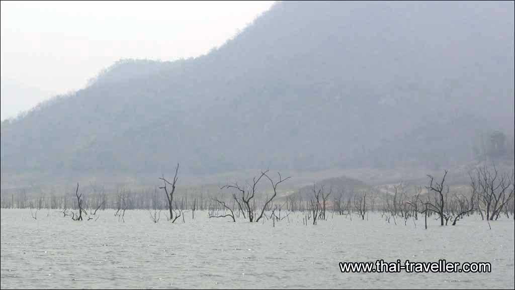 ทริปที่ 68 สรงน้ำพระธาตุเมืองสร้อย ดินแดนลึกลับใต้บาดาลแห่งลุ่มแม่น้ำปิง 2561