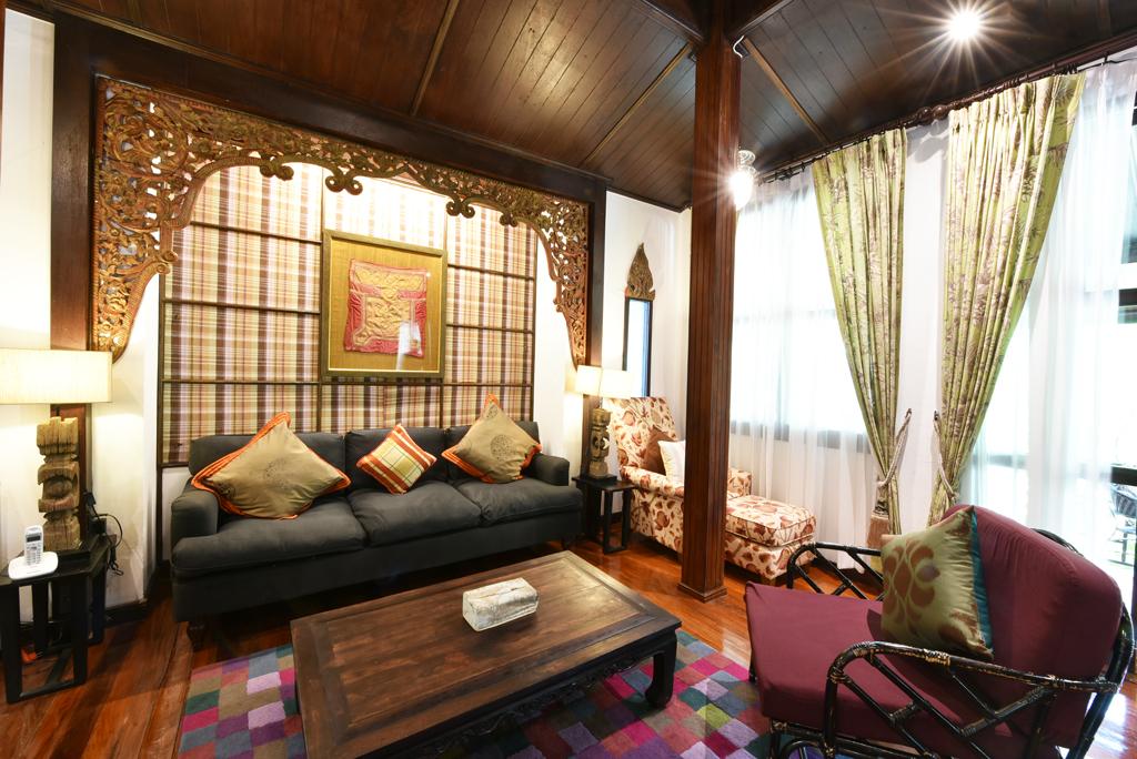 ห้องโถงใน  home number 9  มุมนี้ให้อารมณ์เอนไปทางไทยสไตล์