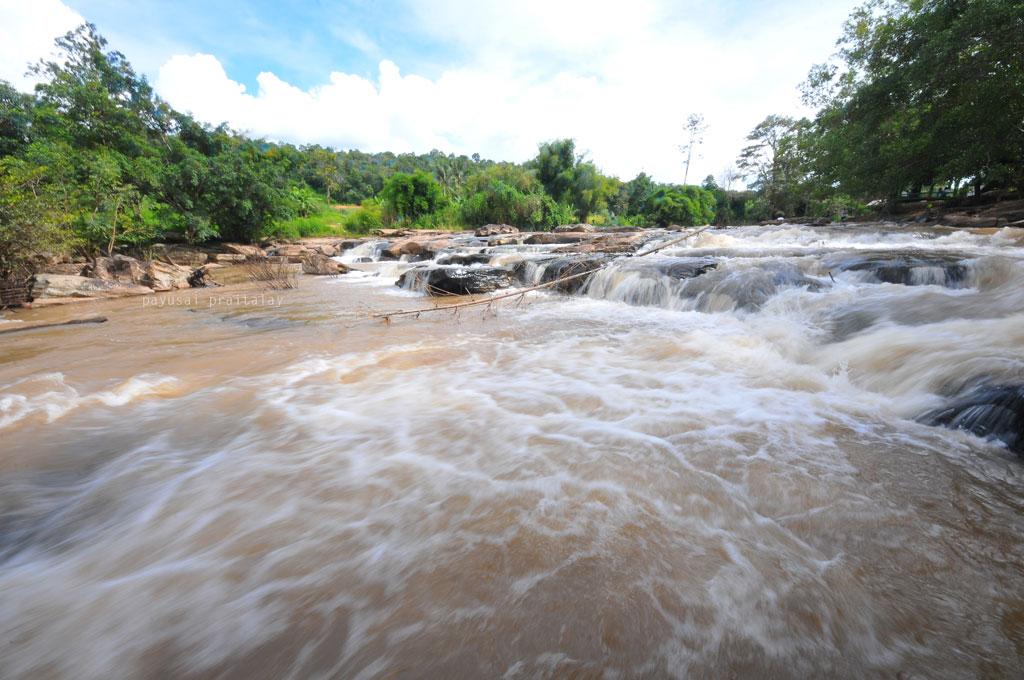 แก่งน้ำสาน | น้ำตกปลาบ่า ลำธาราแห่งสายน้ำสาน
